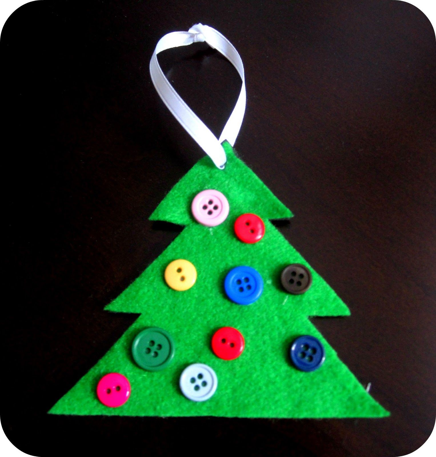 button christmas tree ornament cute simple hands on as we grow - Homemade Christmas Decorations For Kids