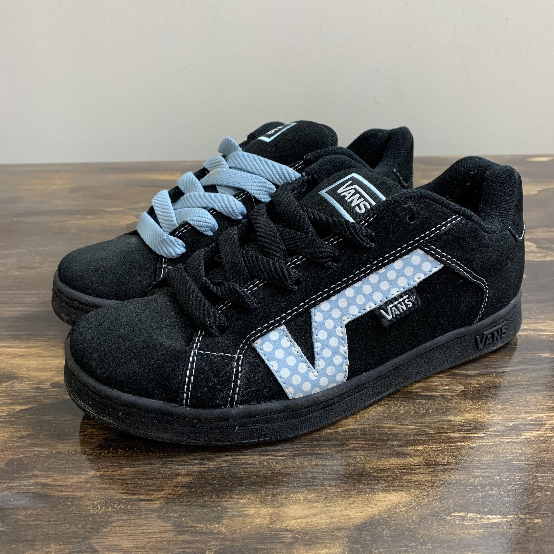 Vintage Vans Sneakers Vans Plat Skool Black And Blue Polka Dot Sneakers Retro 90 S Skater Shoes Size 7 5 In 2020 Vintage Vans Vans Sneakers Vans