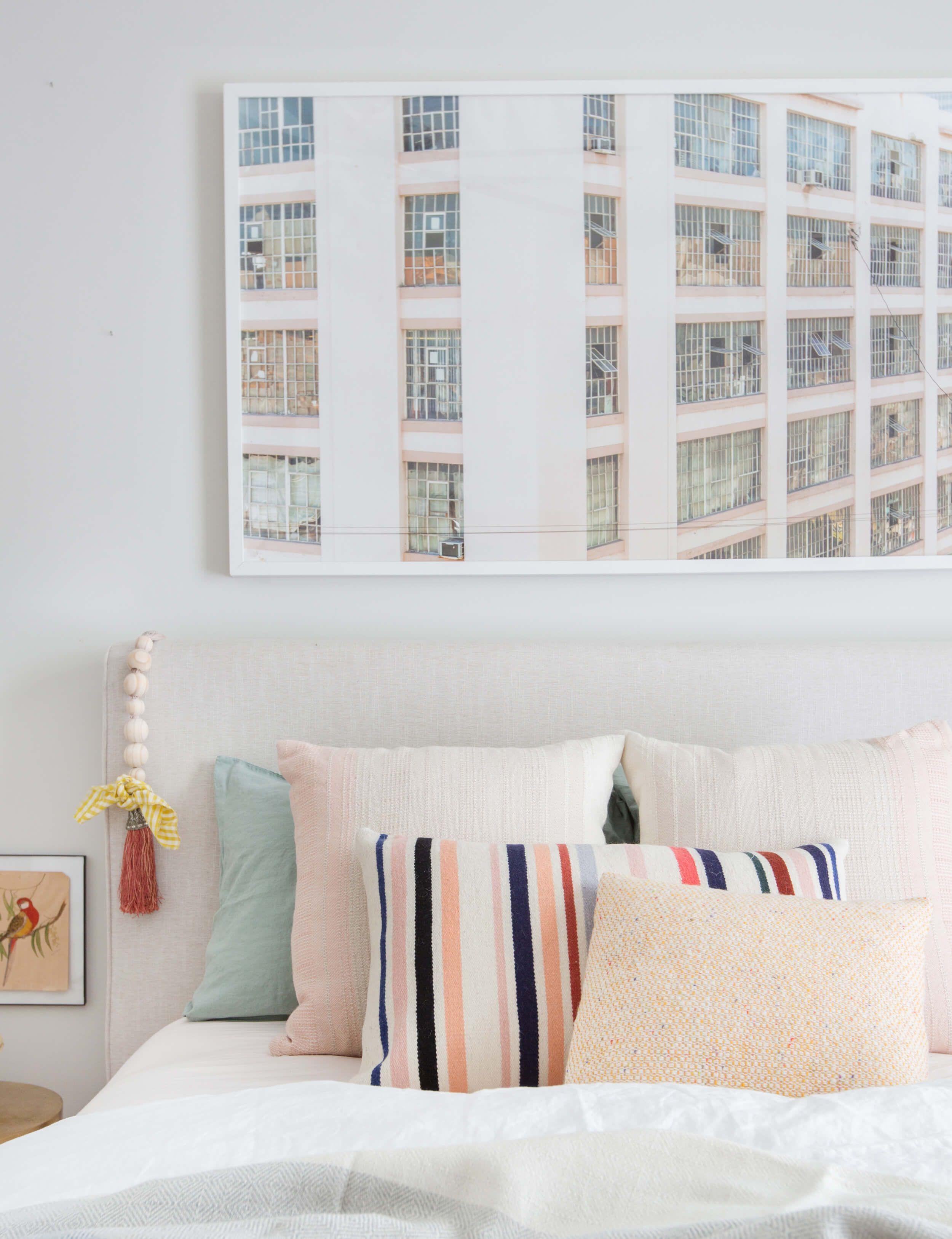 How To Mix Decorative Pillows 20 Guaranteed To Look Good