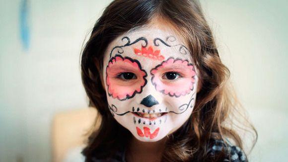 Maquillaje de halloween en v deo calavera mexicana con - Pintura cara halloween ...
