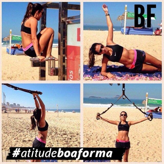 Inspire-se no clique da @aleteasouza, na praia, para o desafio #atitudeboaforma de agosto. As fotos mais curtidas da semana no nosso Facebook estarão na próxima edição da revista!