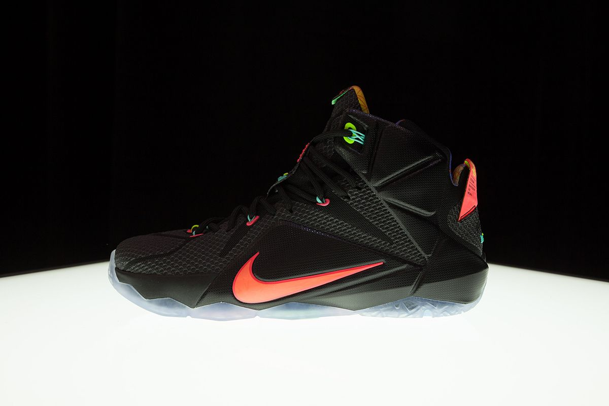 the best attitude 50b48 82662 Image of A Closer Look at the Nike LeBron 12 Colorways