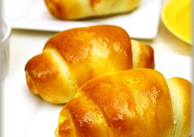 Light Basic Butter Rolls Recipe -  Are you ready to cook? Let's try to make Light Basic Butter Rolls in your home!