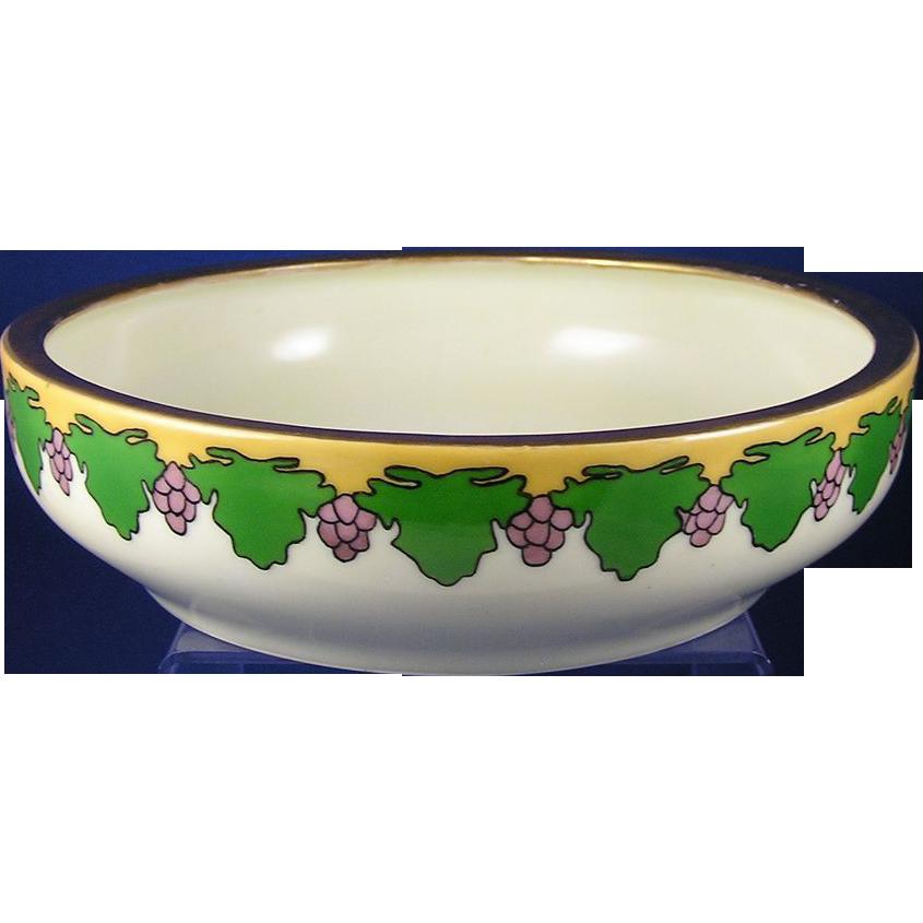 Tressemann & Vogt (T&V) Limoges Arts & Crafts Grape Motif Bowl (c.1892-1907)