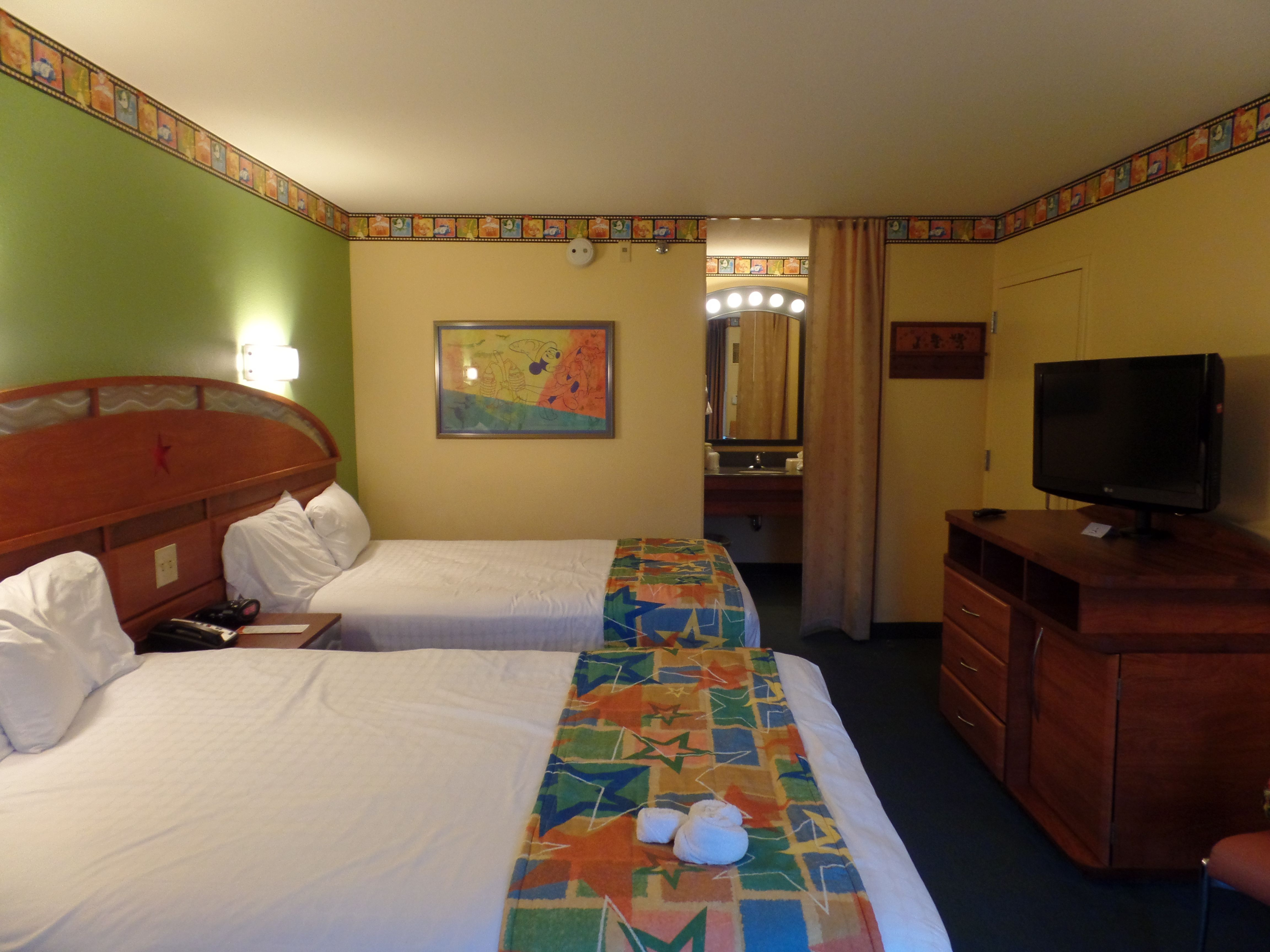 Preferred Room Disney S All Star Movies Resort Home Resort Home Decor