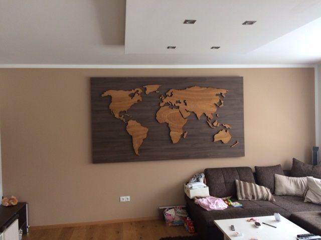 3D houten wereldkaart XXL, 230 x 115 cm, rustiek eiken, geplaatst op ...