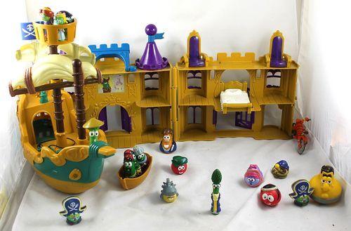 Veggie Tales Playset Figure Lot Pirate Ship Pie War Castle Sumo Of