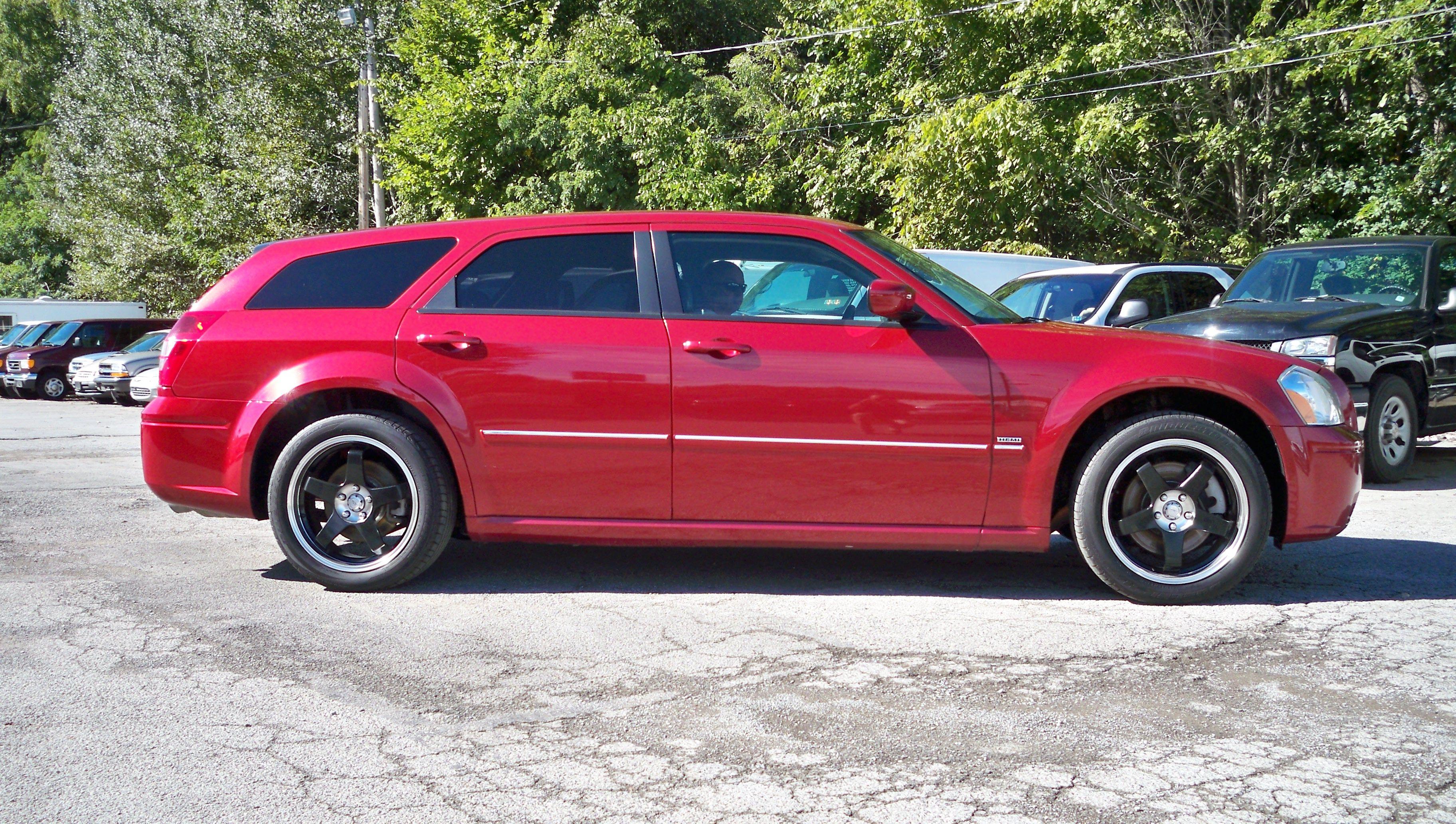 2005 Dodge Magnum RT AWD - $11,950  Mill Creek Auto Sales  1-866-414-5509