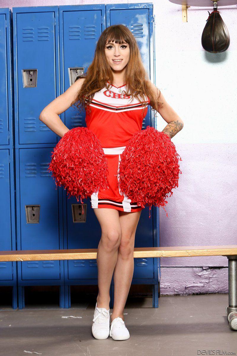 Ts Cheerleader