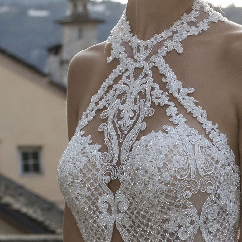 85 Stunning wedding dresses with amazing details, lace wedding dress,long sleeves wedding dress,deep plunging neckline wedding dress,heavy embellishment wedding dress #weddingdress #weddinggown