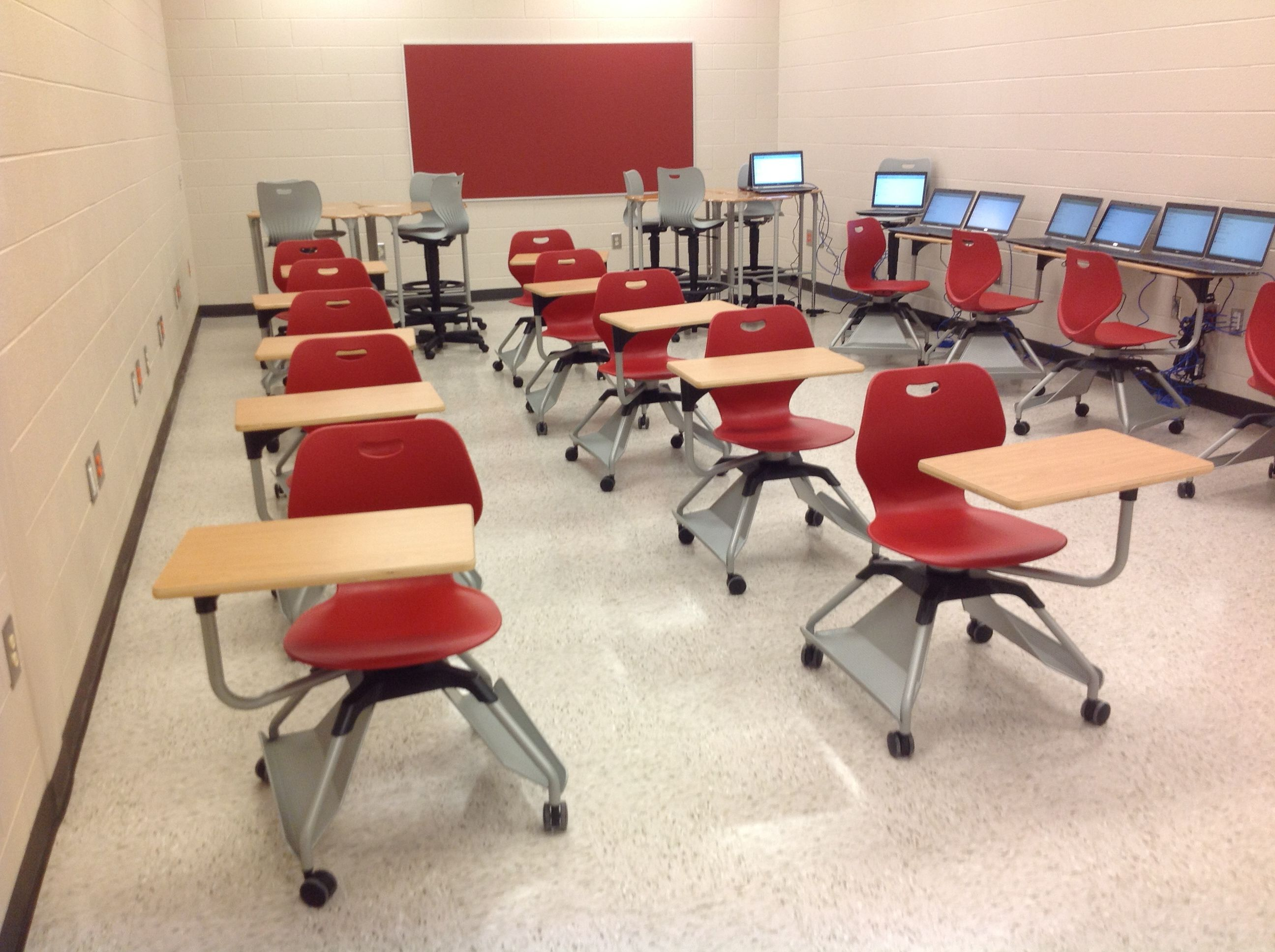 Classrooms At Redbud Elementary School Learn2 Seating By Kifurniture
