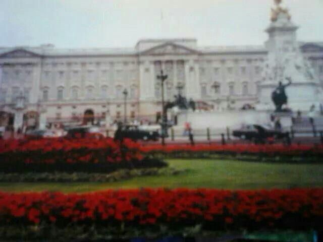 Buckingham palace.  1999