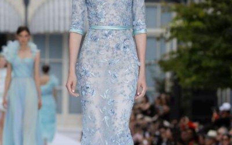 صور فساتين خطوبة بنقشات الورود موضة صيف 2020 Fashion Dresses Maxi Dress