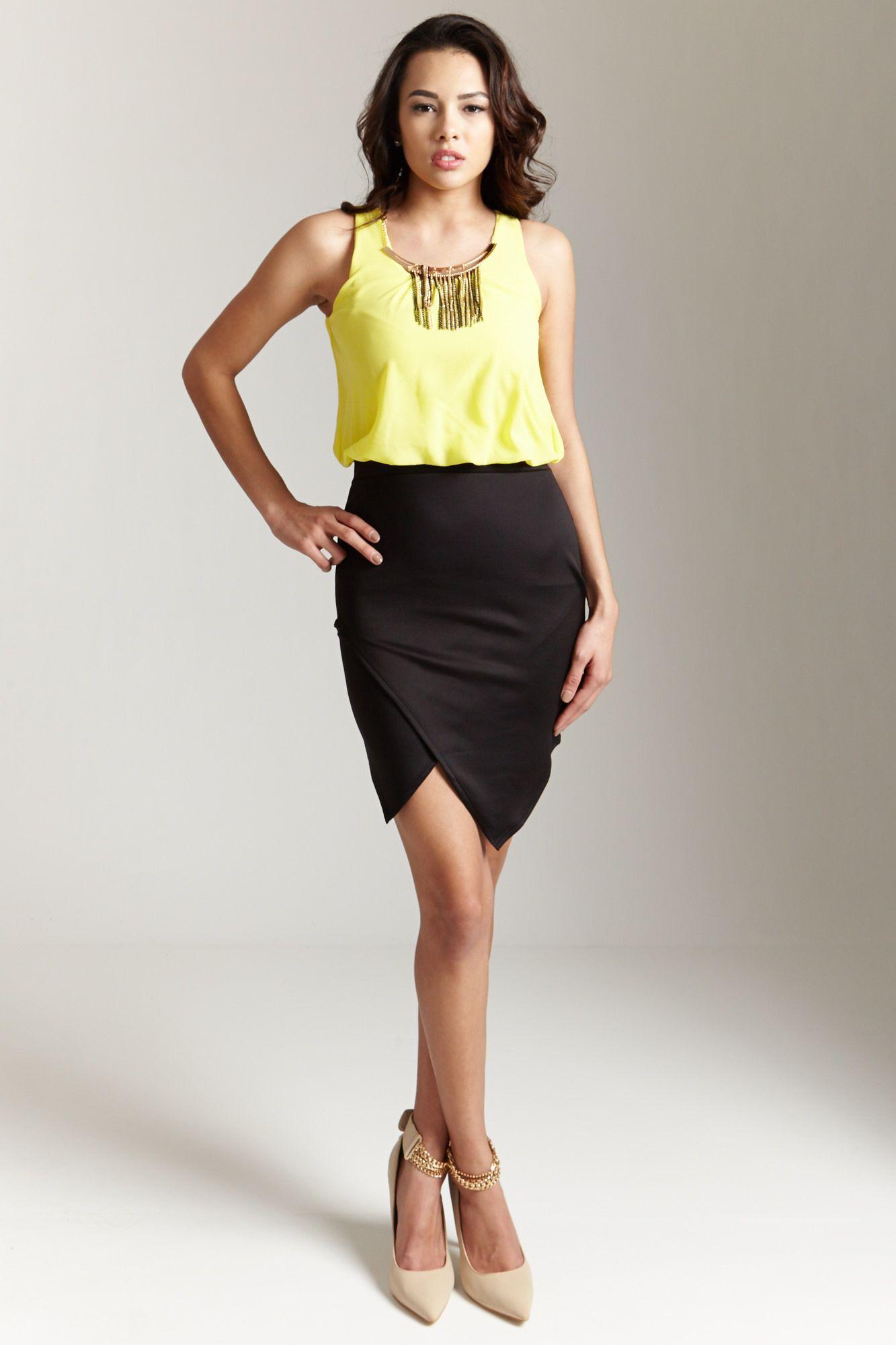 Vestido amarillo y negro, elegante, para una cena o casual para trabajar.