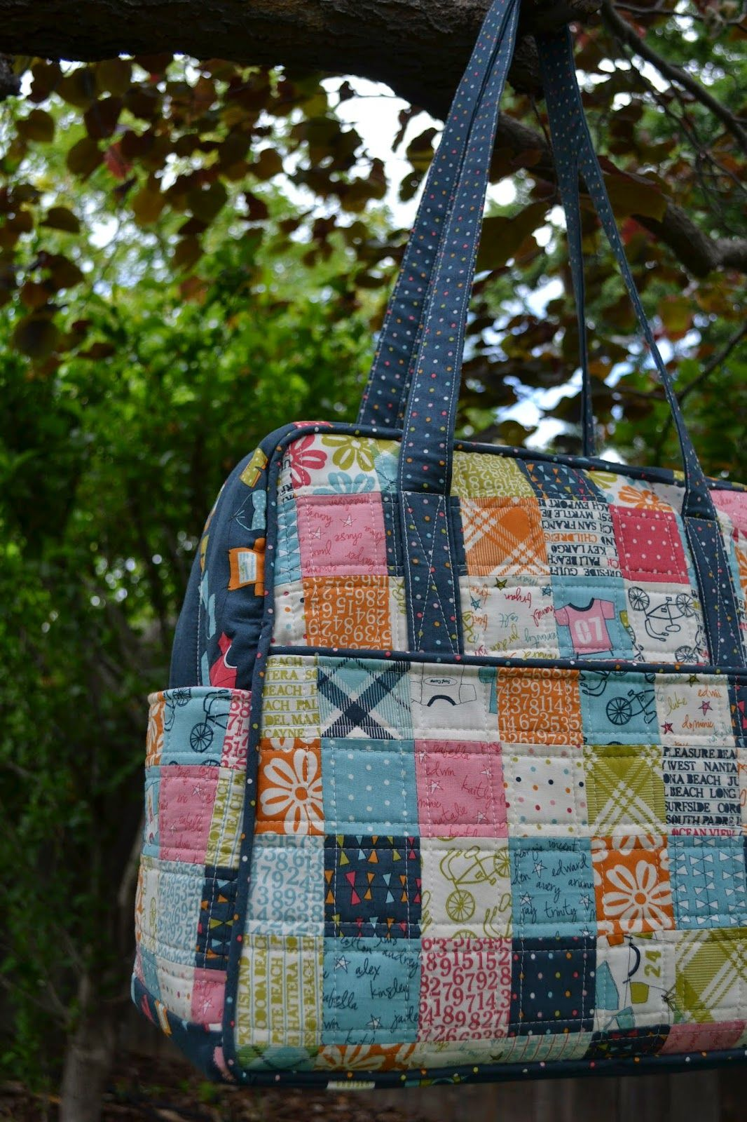 Porch Swing Quilts: Finish it up Friday: Lucy's Crab Shack Patchwork Weekender