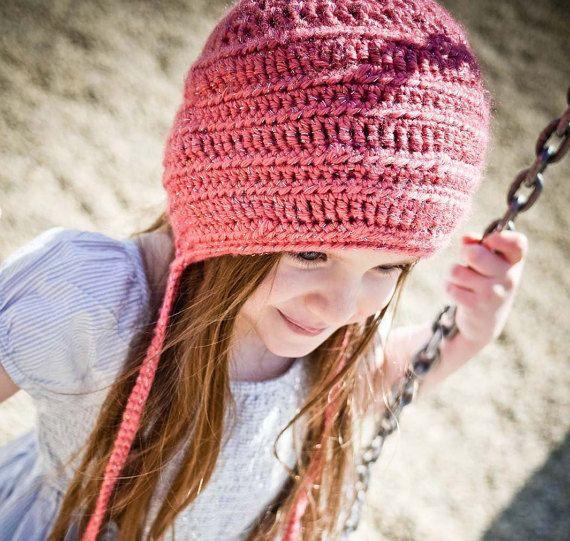Vintage style crochet bonnet pattern