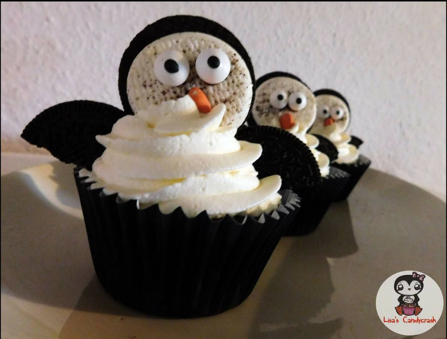 eve 39 s kinder rezepte gastbeitrag schokoladige pinguin oreo cupcakes birthday pinterest. Black Bedroom Furniture Sets. Home Design Ideas