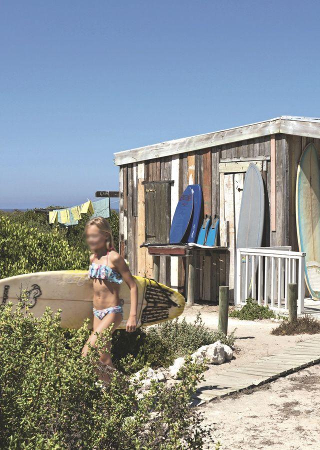 Une Cabane Maison De Vacances Familiale Face A L Ocean Maison De Vacances Cabane Cabane Surf