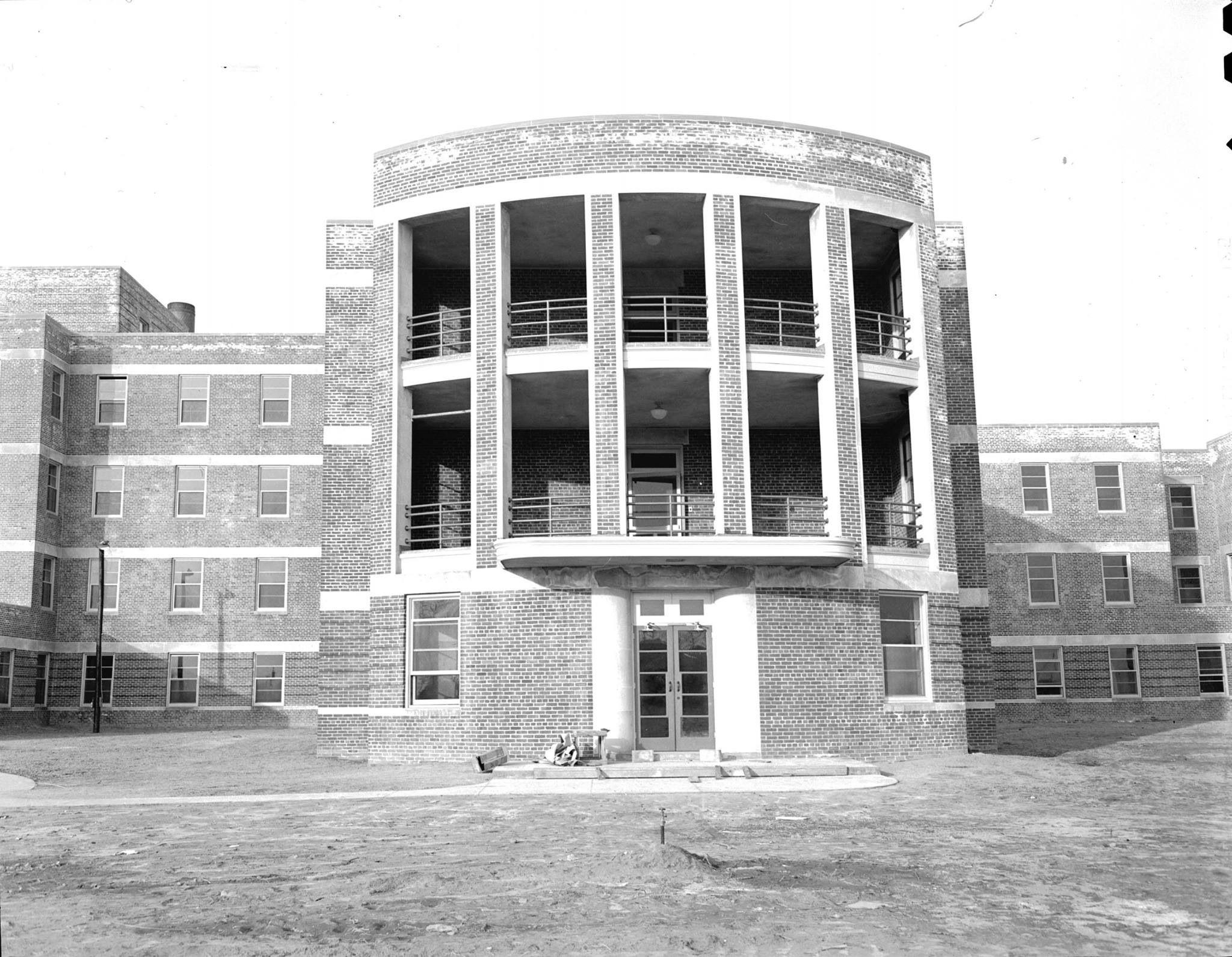 Construction Of Depaul Hospital 1944 Where I Was Born Eight Years Later In Norfolk Va Virginia History Norfolk Hampton Roads