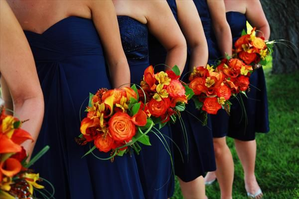 Love Navy And Orange Colors For A Fall Wedding