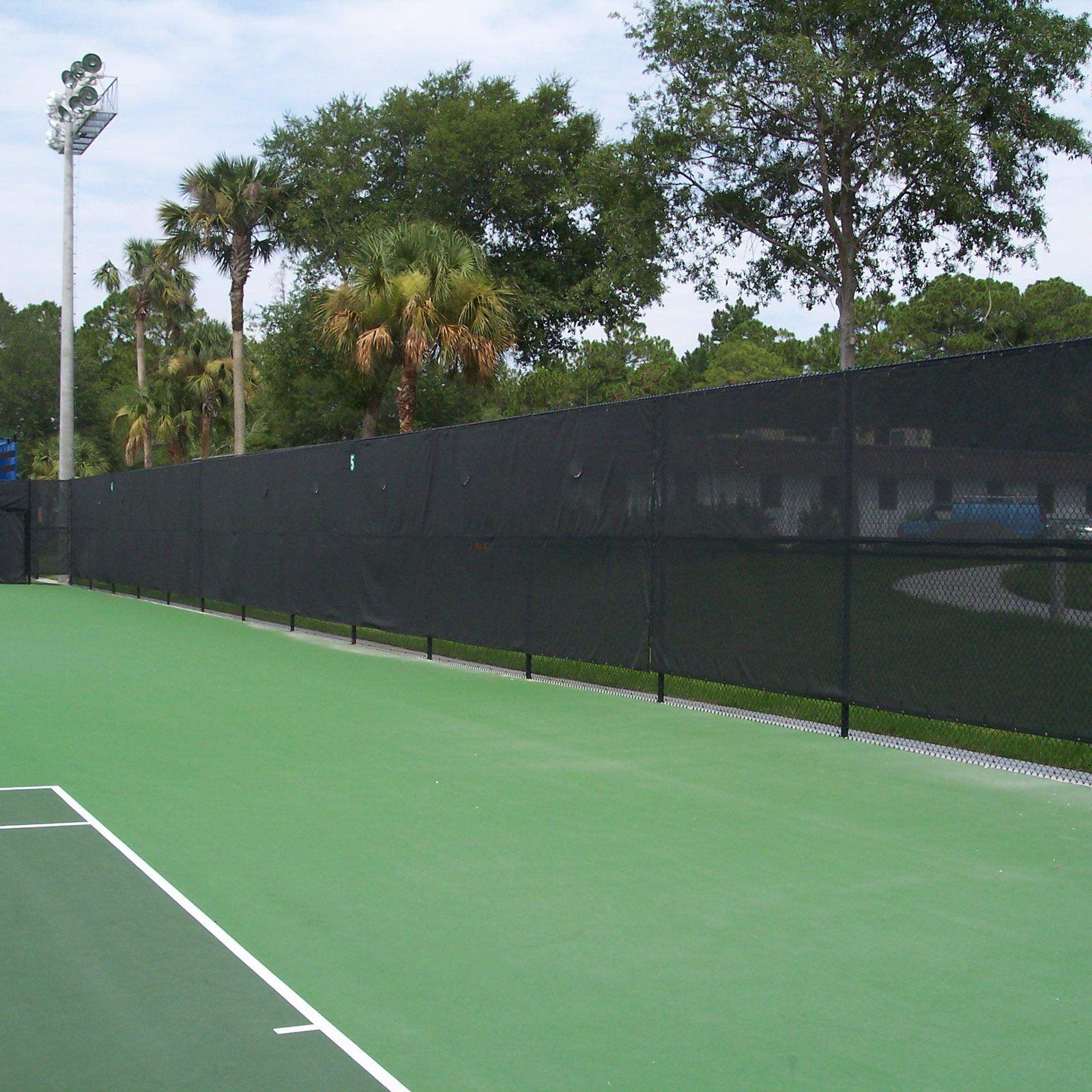 Tennis Court Screen Privacy Netting Windbreak Privacy Fence From Www Truetraders Co Uk In Dark Green In Various Grades Tennis Court Fence Screening Fence