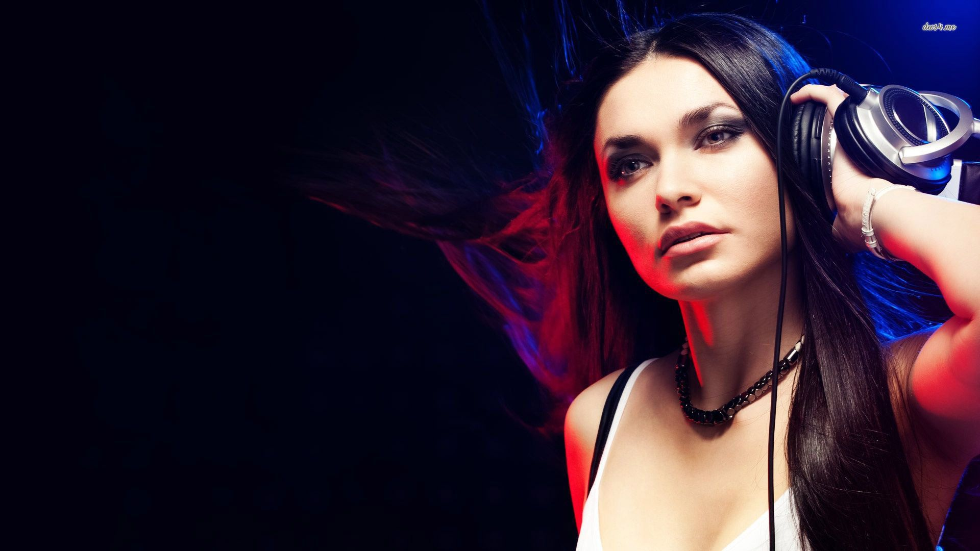 Armenian Dj For Private Events Girl Dj Dj Photos Dj Pics