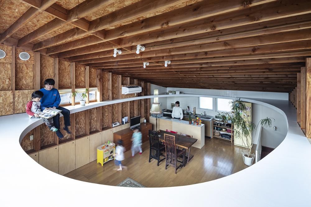 天井の楕円 建築 空間デザイン 住宅