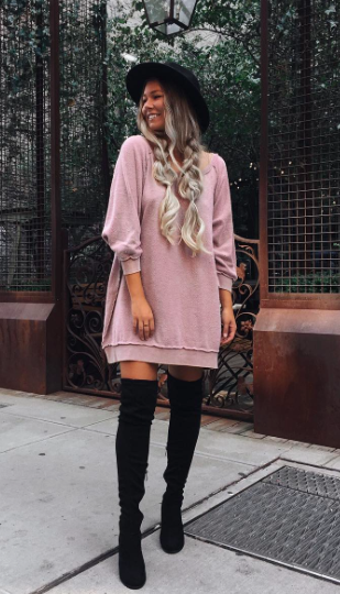 c7e54ef690e7e oversized sweatshirts + over the knee boots  freepeople  fpme Robe Pull,  Cuissardes,