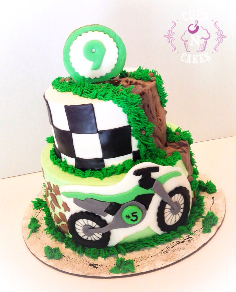 Dirt bike cake Kids cakes Pinterest Dirt bike cakes Bike