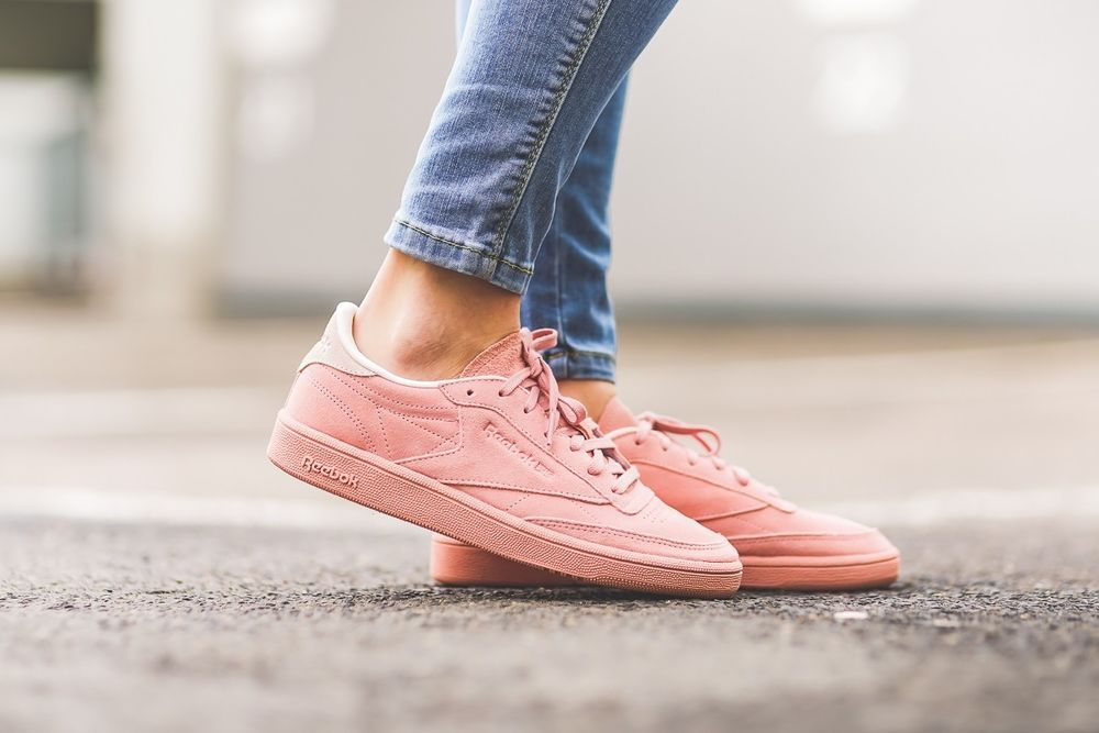 REEBOK CLUB C 85 NBK W CHALK PINK & PALE PINK TRAINERS IN ALL SIZES