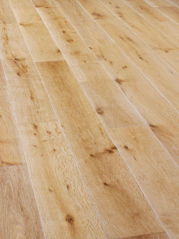 Mwf 628 Wide Rustic Oak Engineered Wood Flooring With Brushed