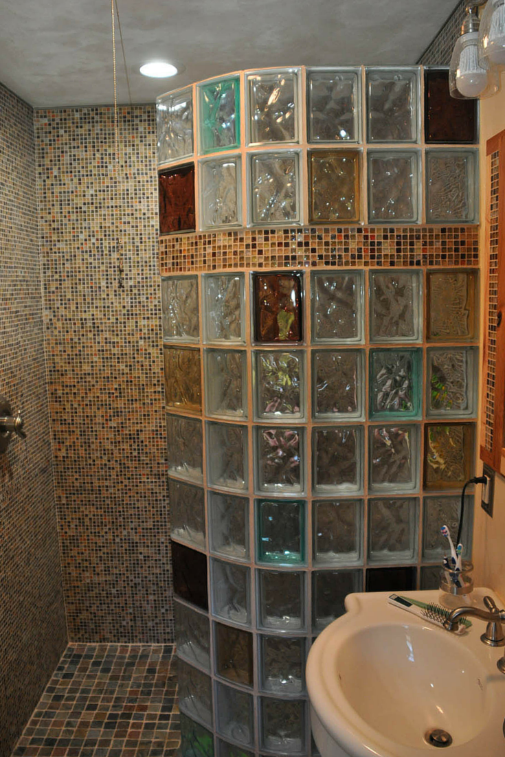 7 tips to choose the right glass block shower wall for Thickness of glass wall for exterior