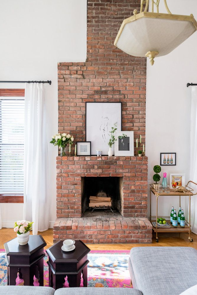 Hervorragend How One Designer Turned Her Rental Into A Color Charged Oasis | Brick  Fireplace, Bricks And Apartments