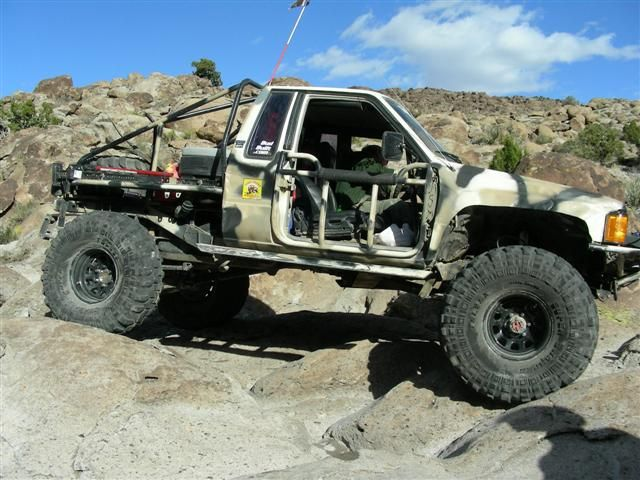 Roll cage stuff to buy pinterest truck mods dodge - Interior roll cage for toyota pickup ...