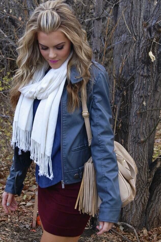 Blonde & Caramel hair! Love it! & the outfit!