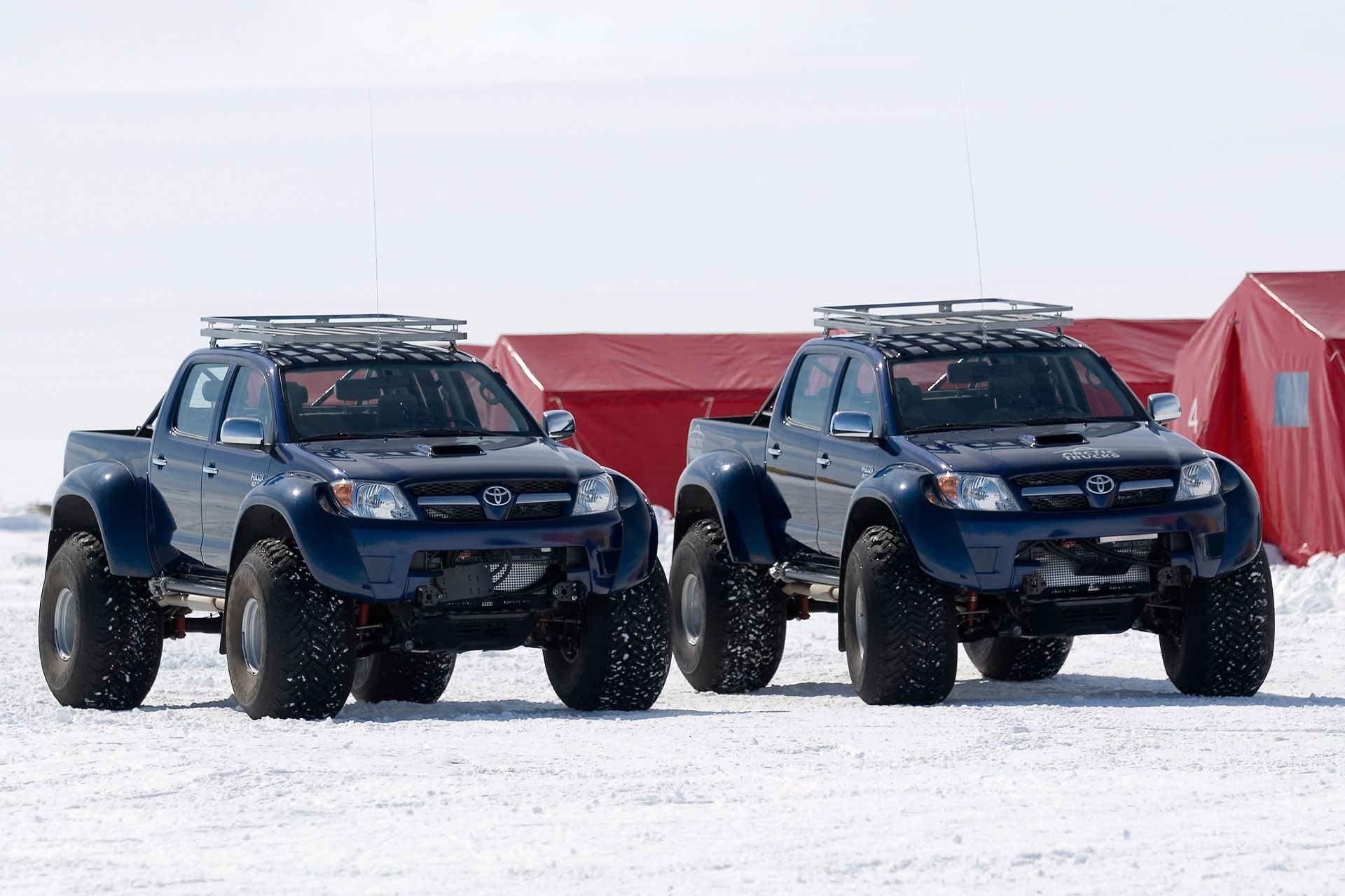 Arctic trucks toyota hilux photo 61474 loox pinterest arctic trucks toyota hilux photo 61474 sciox Choice Image