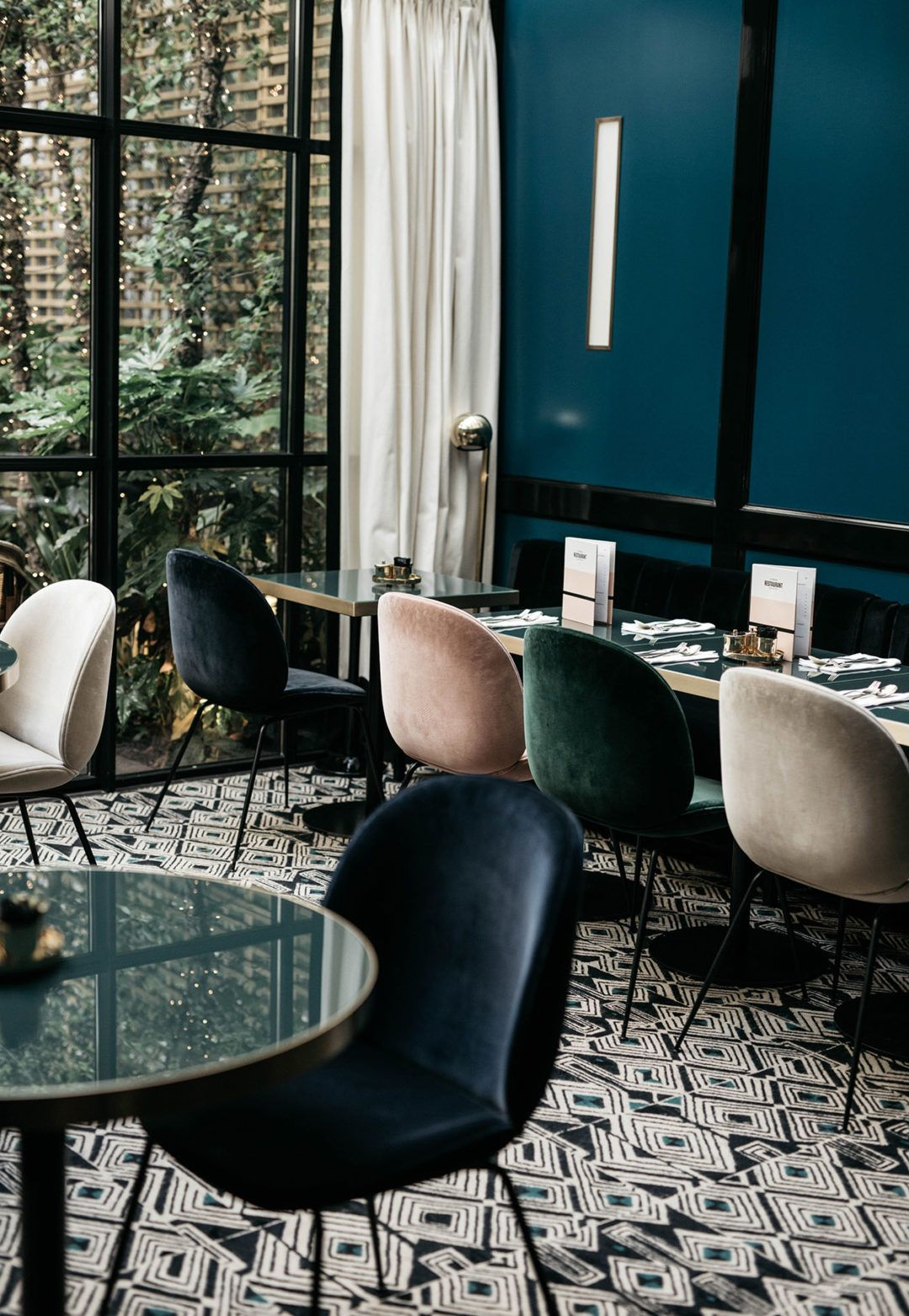 The Chicest Place To Stay In Paris Le Roch Hotel The Fashion Cuisine In 2020 Stylish Room Hotel Hotels Design