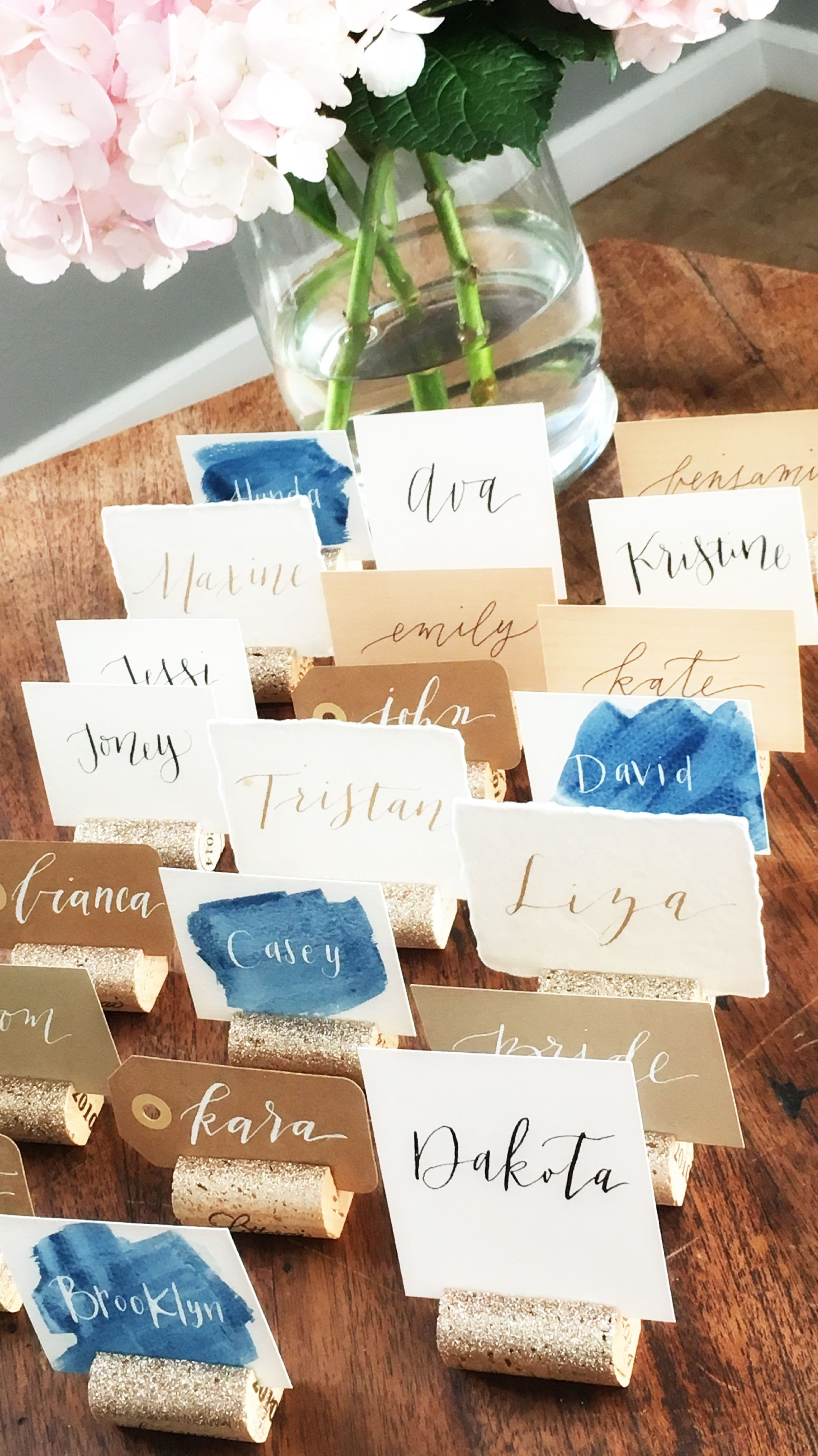 Mismatched Place Card Table With Champagne Gold Glitter Holders