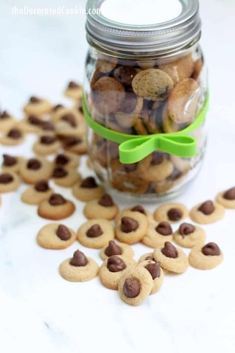 Mini chocolate chip cookies packaged in mason jars