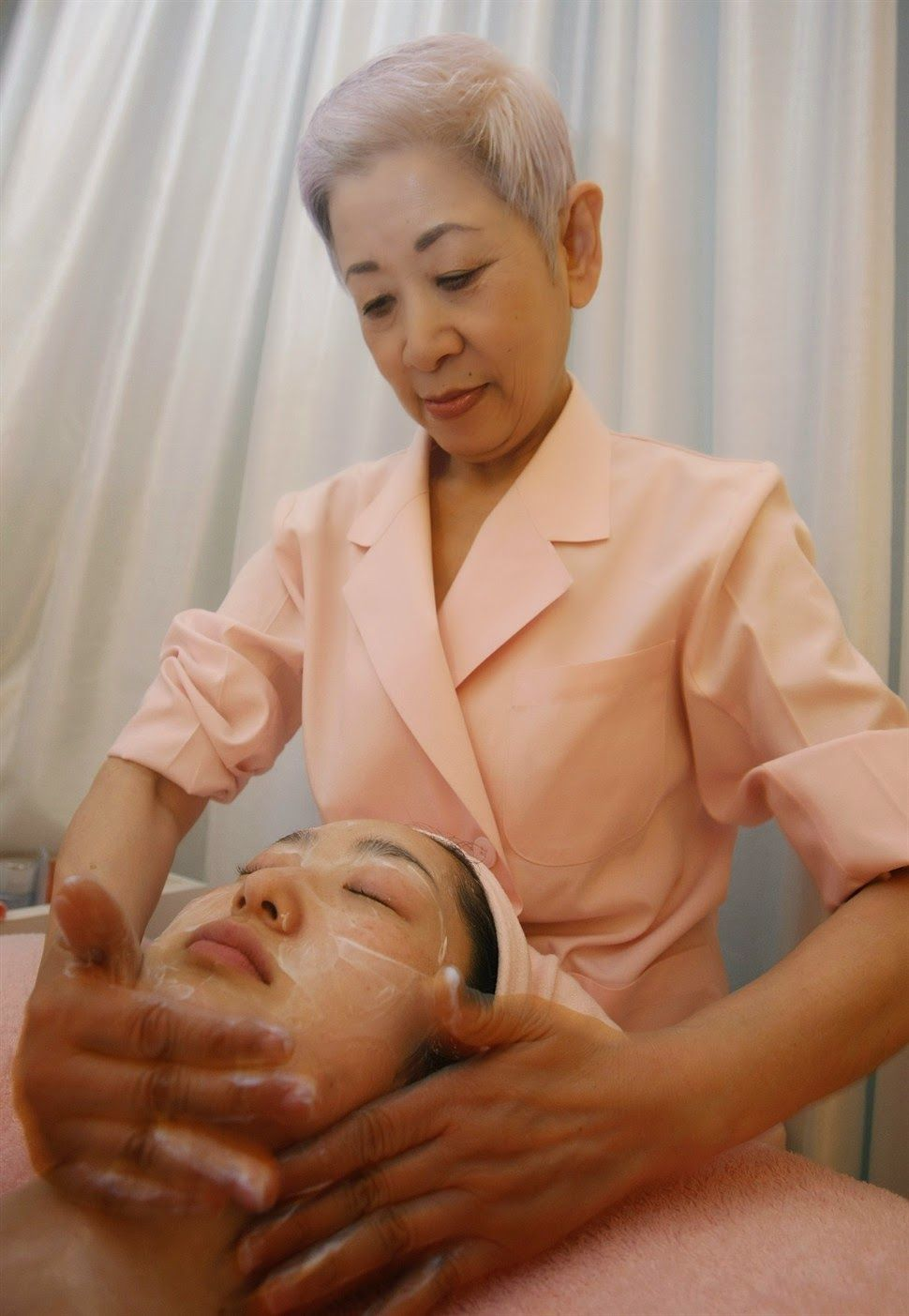 Blonde massage by japanese