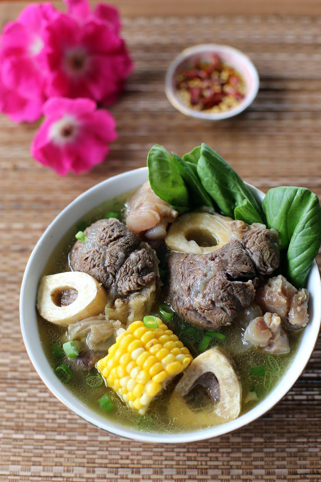 Creamy Chicken Sopas (Filipino Chicken Macaroni Soup ... |Filipino Soup Dishes