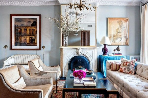 Classic Victorian Living Room In Blue And Gold