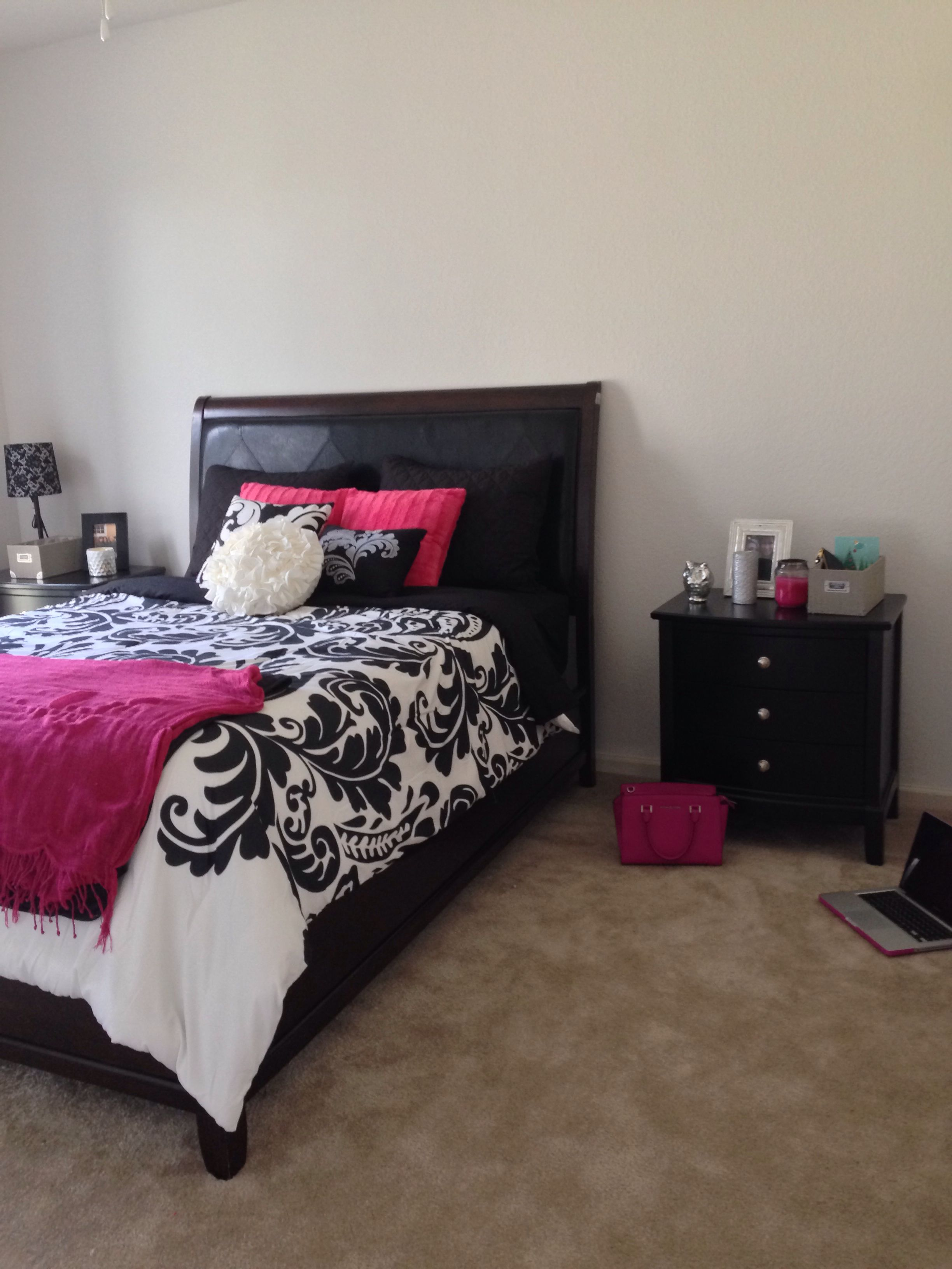 Girly Yet Sophisticated Bedroom 22 Year Old Female South