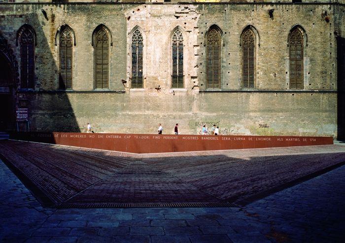 Fossar de les Moreres. Barcelona. Spain. 1989.