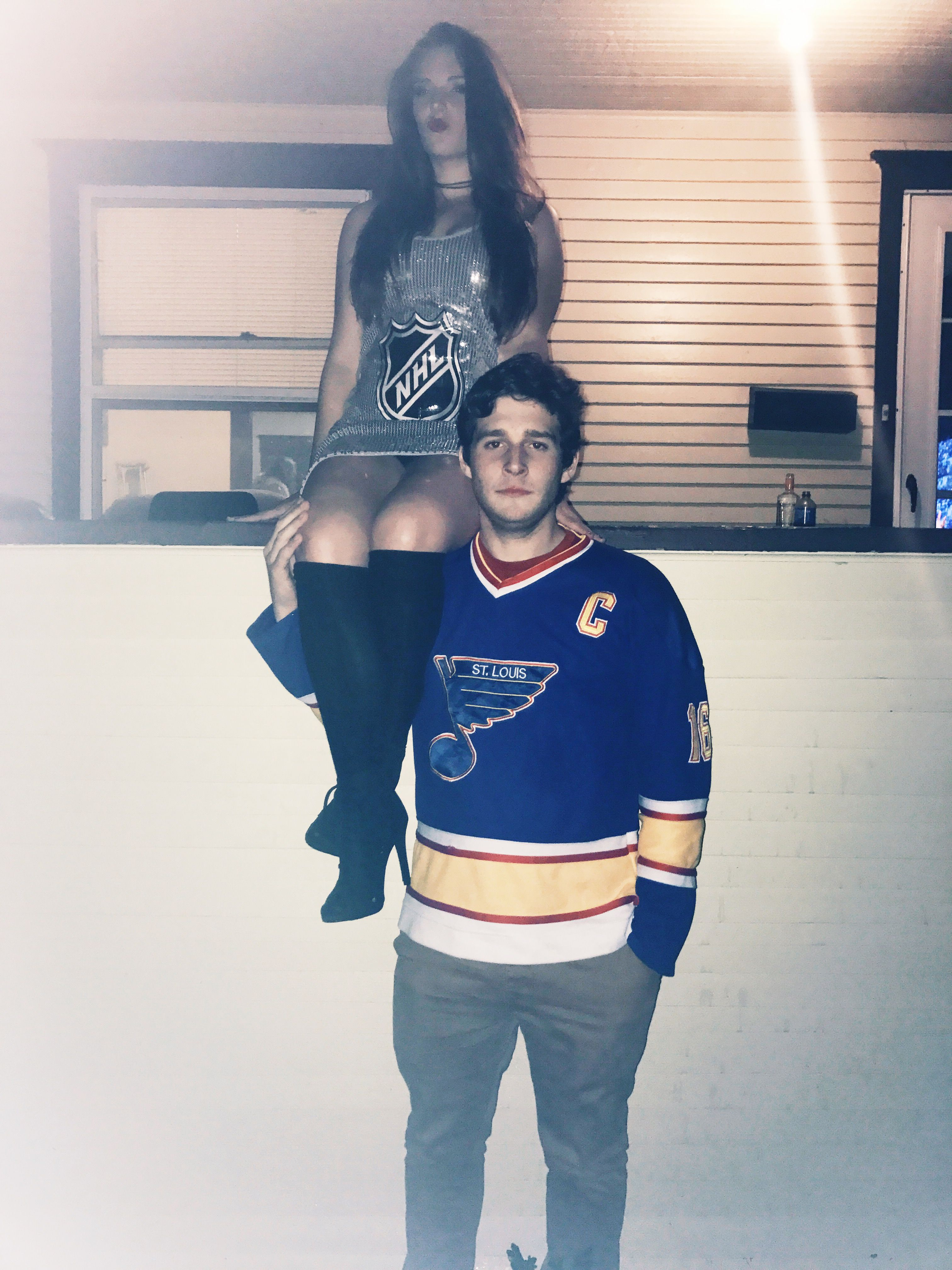 Stanley Cup And Hockey Player Couples Costume Couples Costumes Halloween Costumes Friends Stanley Cup Costume