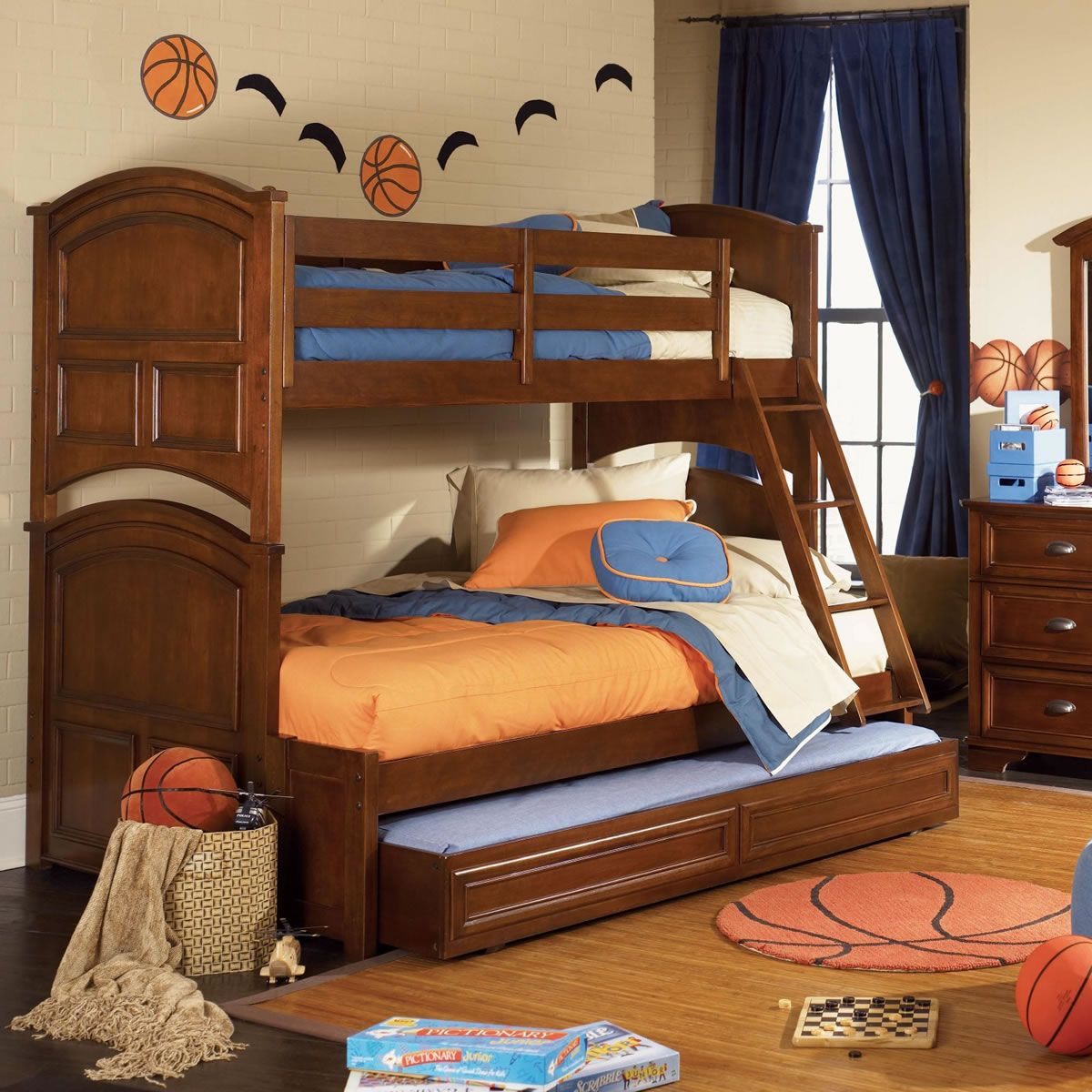 The Difference Between The Twin Over Full Bunk Bed To The Regular Bunk Bed Bunk Bed With Trundle Kids Bunk Beds Twin Bunk Beds