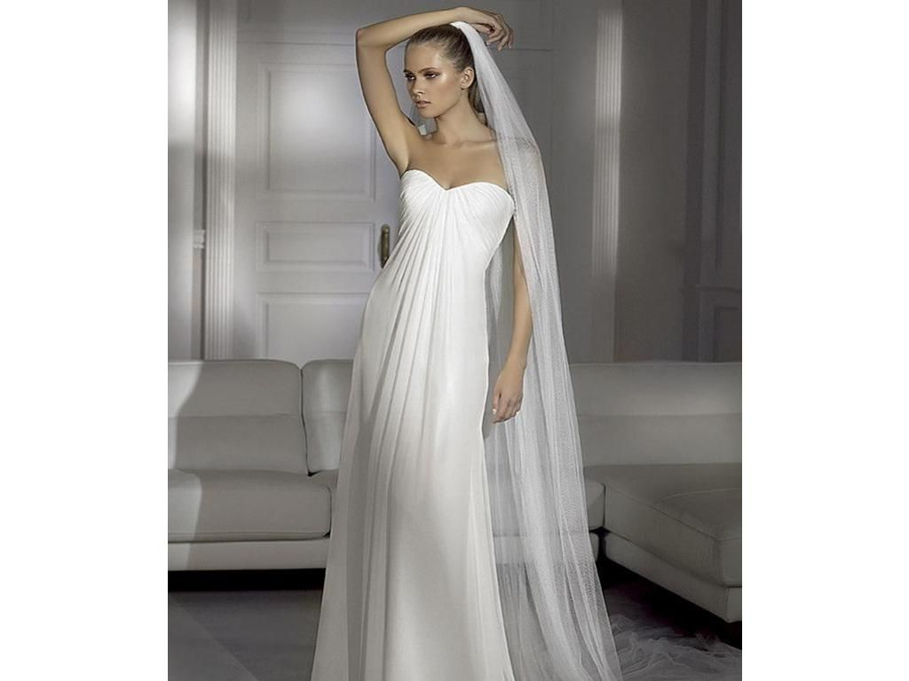 Previously owned wedding dresses  Pronovias Heraldo    Fashion  Pinterest  Top designers