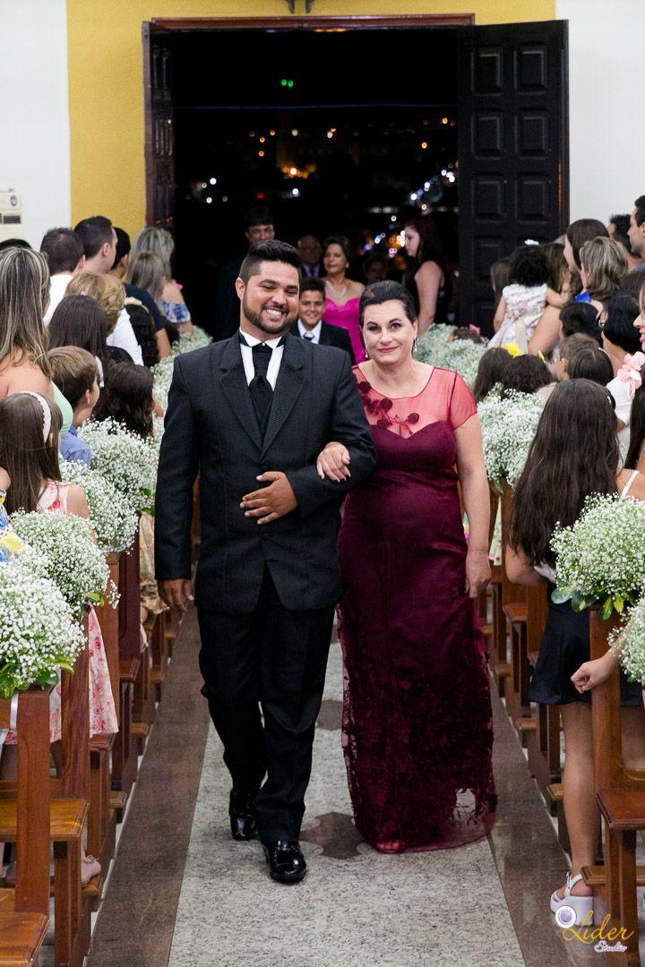 5b638776aaf Casamento real DIY da Letícia e do Guilherme Um casamento real todo feito à  mão