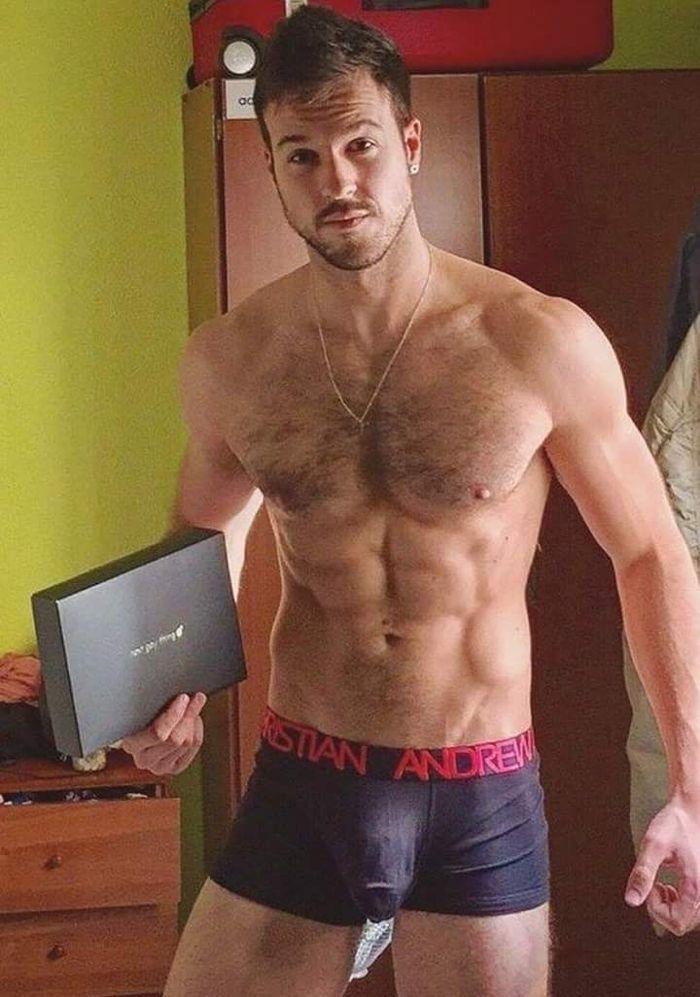 free pictures sexy hairy guys