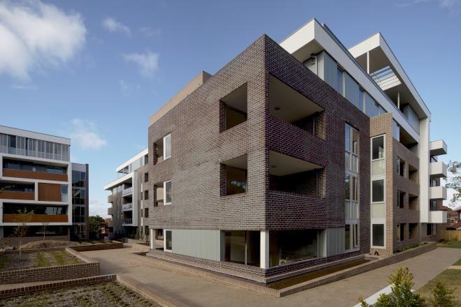 Carleton Estate   Kennedy Associates Architects   Blue Steel Flash   PGH Bricks